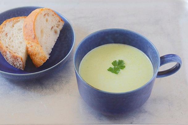 春の豆のポタージュスープ