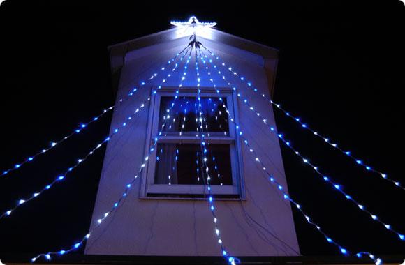流れるように輝くイルミネーション!LEDドレープライト