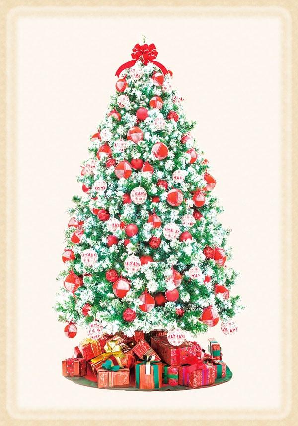モコモコと雪のついたツリーとファブリックボールであったか可愛いツリー