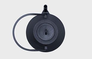 iwatemo ヴィッレ・コッコネン 鉄瓶 iron kettle KN-0301VK 上から見たイメージ