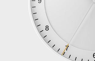 スマートでシンプルなBRAUNの時計は日々の生活に色褪せることなく、どんなシーンでも永く愛されるそんな存在です