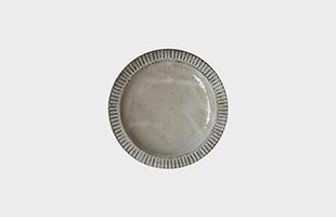 陶房金沢 皿 粉引 縁しのぎ 5寸