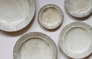 ワンプレートや取り分け皿、デザート用など用途にあわせてサイズをお選びください