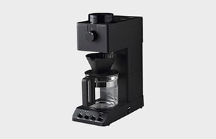 TWINBIRD 全自動コーヒーメーカー CM-D465B 斜めから見たイメージ