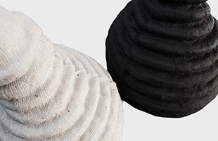緩衝材にも使用される素材だけありモコモコの見た目に反してしっかりとした素材感