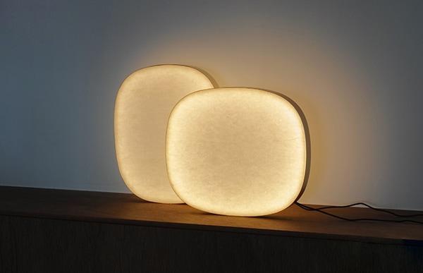 ただ煌々と室内を照らすのではなく、光と影が織りなす繊細な陰影を楽しむ感覚