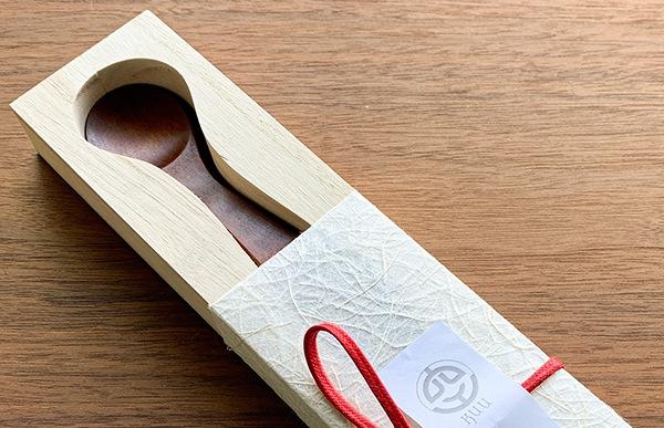 木製キッズスプーン セカンド・スプーンは専用の桐箱に入れてお届けいたします