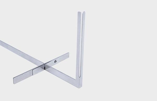 直感的に組み立て方、使い方が分かるシンプルでロジカルなデザインです