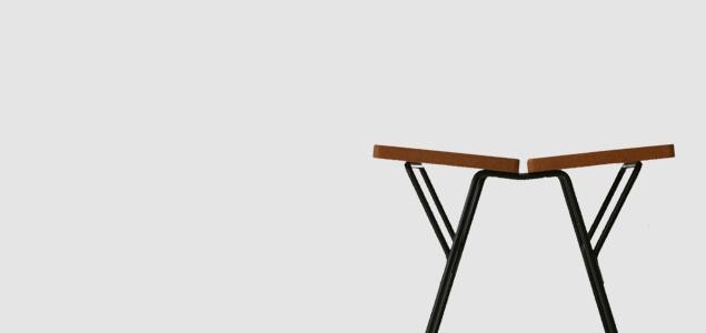 渡辺力 riki watanabe|ソリッドスツール/木製座面(オーク材)/脚 ホワイト [ 渡辺力 riki watanabeの木製 スツール ]