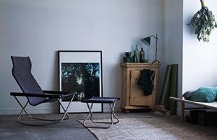 単独でスツールにもなる NY Chair X Ottoman を一緒に使えば一層充実した座り心地になります