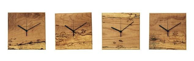 RetRe リツリ/虫喰い木材の壁掛け時計 四角
