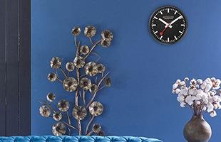 実際のスイス国鉄駅舎に掲げられているモンディーン時計を、オフィスや家庭用にリサイズした商品です