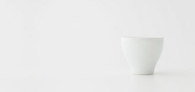 【熊本産】柳宗理/白磁/湯呑[ 熊本産アイテムのご購入で被災地を応援 ]