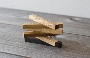 RetRe リツリ/虫喰い木材のカトラリーレスト
