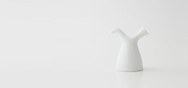 【熊本産】柳宗理/白磁/醤油差し[ 熊本産アイテムのご購入で被災地を応援 ]