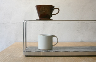 日本製のオールステンレス、コーヒードリッパースタンド