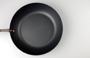鉄 フライパン φ26(浅型)/FD STYLE/IH対応 [ スピニング加工による軽量化/IH対応 鉄フライパン]