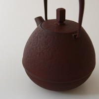 岩清水久生/空間鋳造/南部鉄器/鉄 急須/Egg中 黒(0.4L) [空間鋳造の南部鉄器/急須]