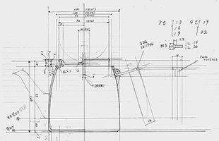 宮伸穂は今回の新作ポット・ケトルをデザイン・製作するにあたり、クオリティや見た目の美しさだけではなく使いやすさにも重点を置き、こだわり抜いたデザインとなっております