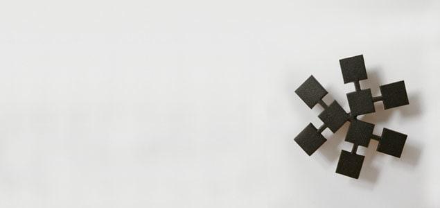 鋳心ノ工房/鍋敷き/花弁 [鋳心ノ工房の鉄製鍋敷き・ポットホルダー・鍋しき/山形鋳物 鉄器のおしゃれな北欧風鍋しき]