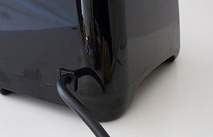 classic575では背面に電源のスイッチがありましたが、blendtec Designer 625では電源のオンオフをタッチパネルで行えます
