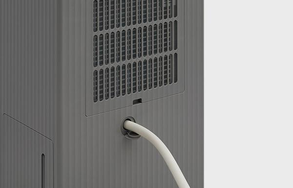 ストレスのない給水清掃を目指したROOT DH-C7100は、市販のホースを本体につなぎ直接排水することも可能です