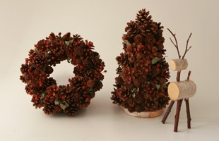 北欧風/木の実 クリスマスリース 大[手作り・ハンドメイドの北欧風/木の実 クリスマスリース]