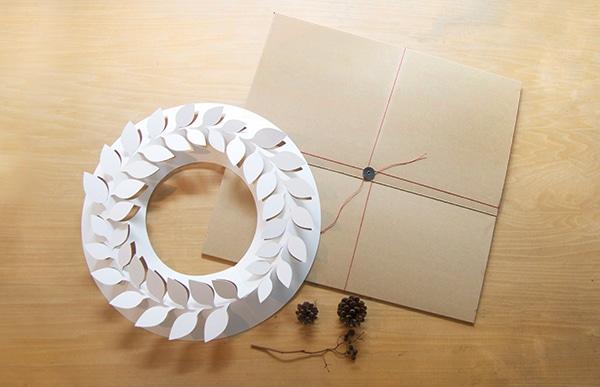 paper wreath/月桂樹 Lはお部屋の主役として飾っていただくことができます