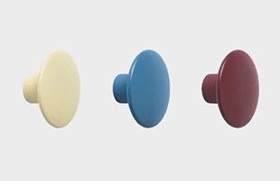 全16カラー : 左からグリーンベージュ、ぺールブルー、バーガンディー
