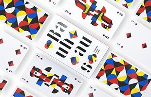 カードゲームで遊んでもよし、当店でも取扱中の「moebe/flame(フレーム)」なんかに飾ってポスター代わりにして頂くのもおすすめです