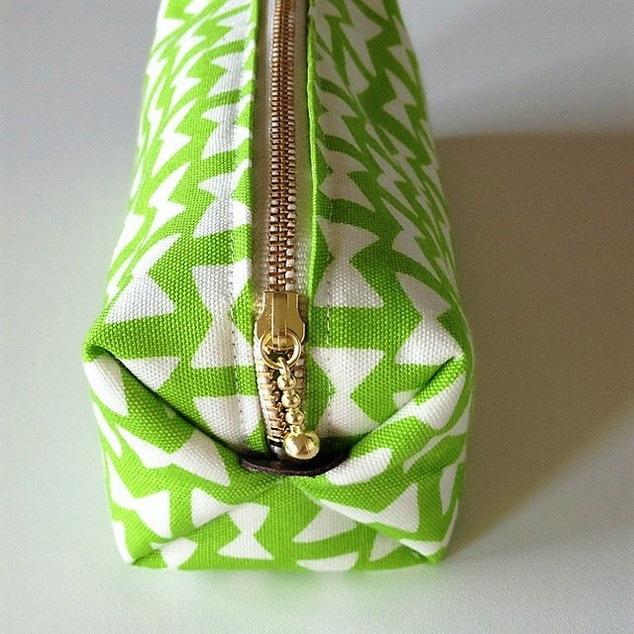 緑のリボンペンケース