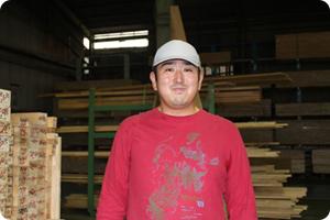 木材加工回転プレスの担当者