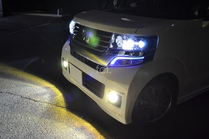 N-BOXカスタム ヘッドライト点灯