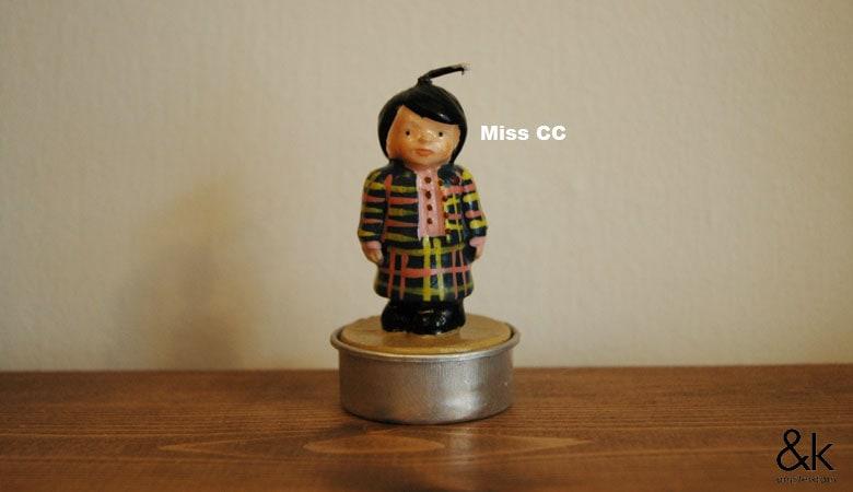 Miss CC(ミス・シーシー)の正面,キャンドル,&K