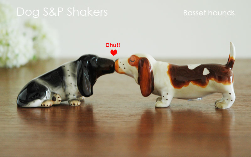 DogS&PShakers,Basset hounds(バセットハウンド),ドッグ・ソルト&ペッパー,塩コショウ入れ,Westlandgiftware,ギフト,贈り物
