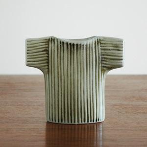 Wardobe Vases Vest,ワードローブ,セーター,フラワーベース,Lisa Larson,リサラーソン,北欧,花瓶,フラワーベース,オブジェ,置物,北欧雑貨,北欧インテリア