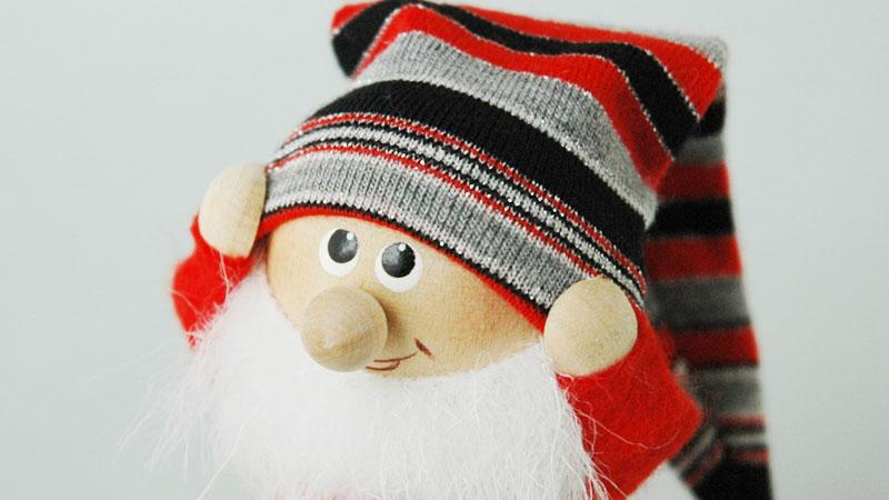 エストニアのハンドクラフトのサンタクロースのオブジェ,置物,北欧エストニア,北欧雑貨,北欧インテリア,北欧ギフト