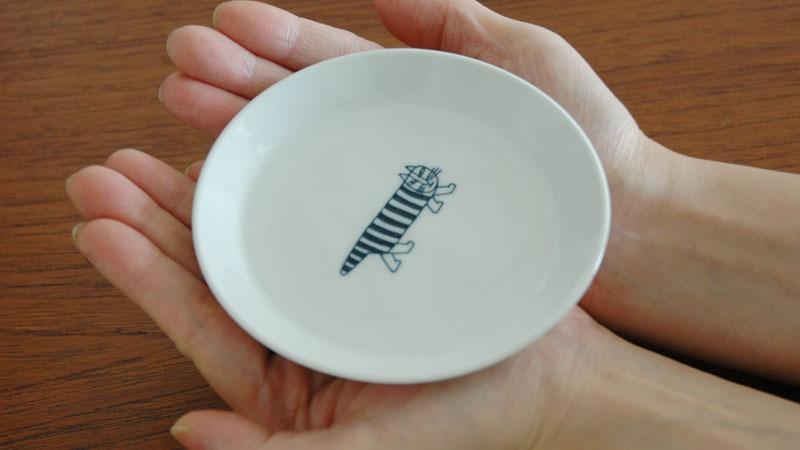 豆皿は手のひらにのる可愛いサイズです。,マイキー,ハリエット,NINACATJapan Seriesジャパンシリーズ,波佐見焼,Lisa Larson(リサ・ラーソン),北欧,スウェーデン,北欧食器,北欧インテリア,北欧雑貨
