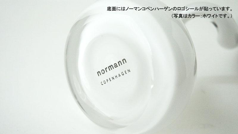 底面にはノーマンコペンハーゲンのロゴ入りのシール,Swing Vaseスウィングベース/normann COPENHAGENノーマンコペンハーゲン
