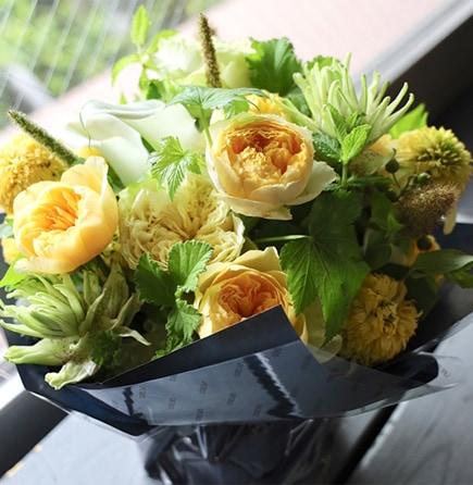 金麦 kinmugi ~ 幸せを感じる新しい朝に飾りたくなるフラワーアレンジ ライフデコのフラワーバレンタインのお花の贈り物をプレゼント