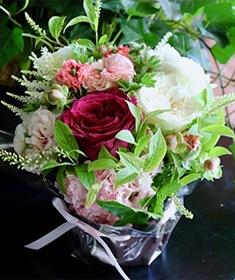 香風 ~ 香りのバラが咲き誇るフェミニンなローズギフト ライフデコのウィンターフラワーギフト