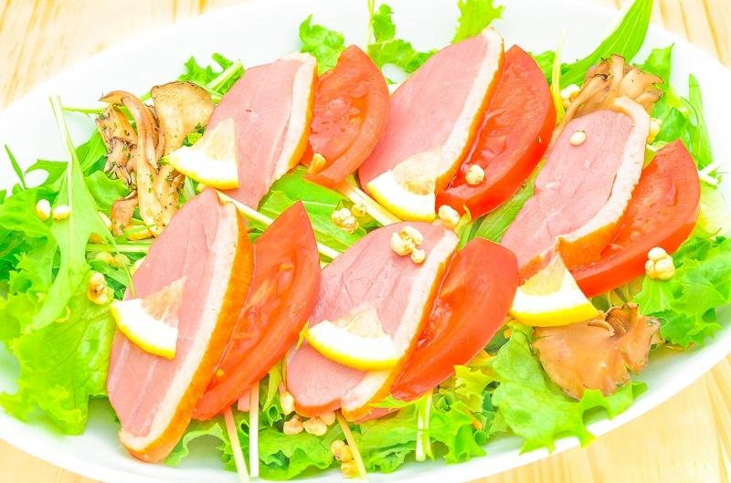 合鴨ロース サラダ