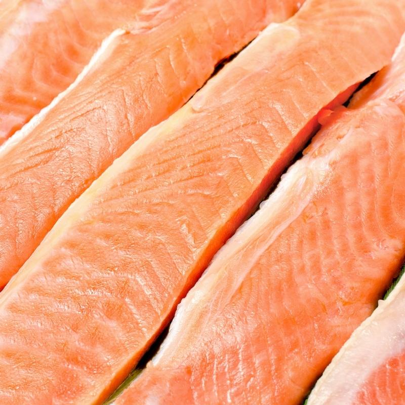 紅鮭ハラス アップ