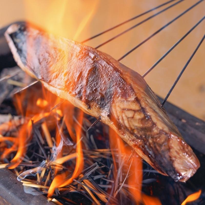 かつおたたき藁焼きアップ1