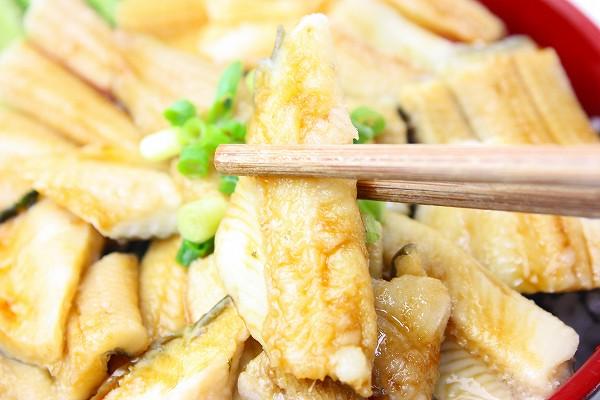 煮穴子丼アップ4