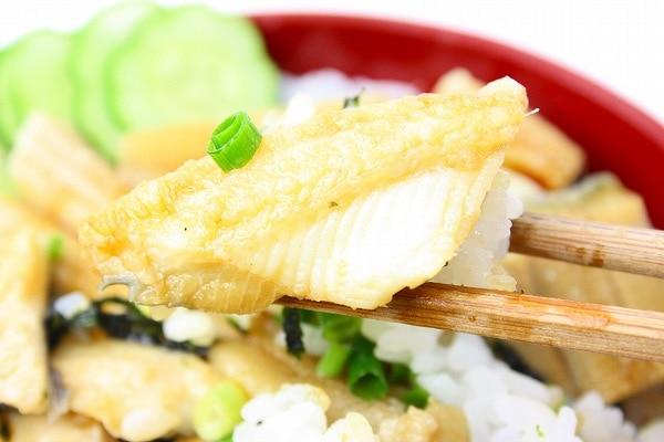 煮穴子丼アップ3