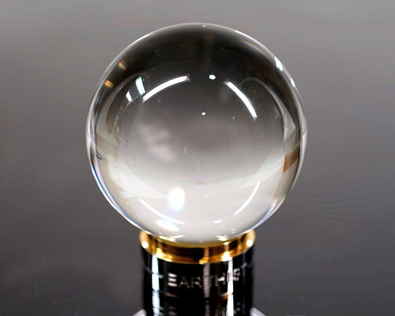 最高級 天然本水晶 丸玉置物 53mm玉 No.2 (EARTHIST 台座付き)|最高級パワーストーンのフォレストブルー【全商品1か月返品OK・送料無料】