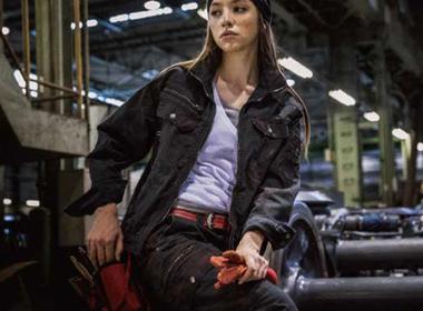 ソリッドシャツ ERX102 モデル着用写真