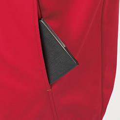 防寒・防風ストレッチブルゾン G-2240  の深めの脇ポケットの写真