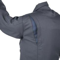 NEWプリーツロンは5cmの伸び幅で激しい動きに対応。